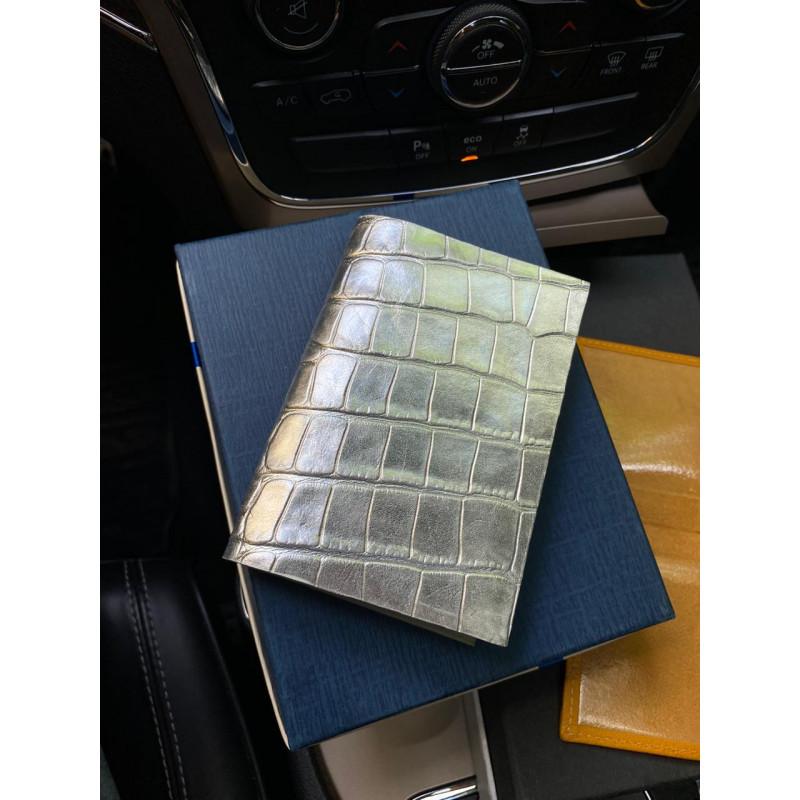 Белая, кожаная, обложка на паспорт ручной работы Mobcase 1185