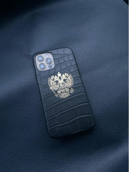 Эксклюзивный чёрный чехол из кожи под крокодила с гербом России Mobcase 1379