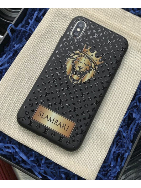 Эксклюзивный, именной чехол с золотым Львом и логотипом Louis Vuitton, Mobcase 883 для iPhone XS