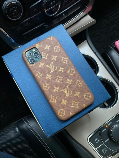 Эксклюзивный кожаный чехол с логотипом LV Mobcase 1238