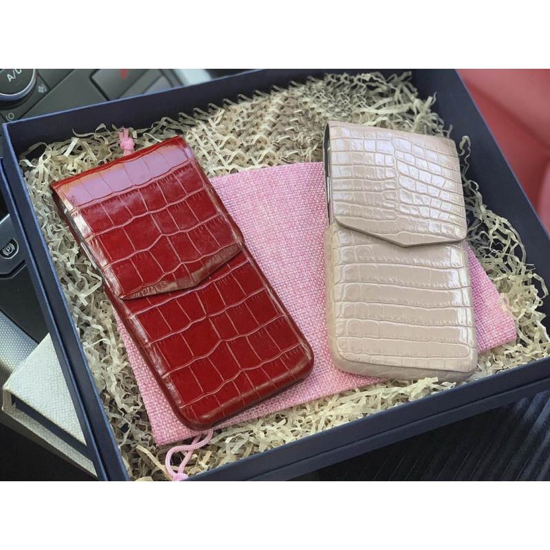 Кожаный чехол карман из натуральной, телячьей кожи с выделкой под крокодила, Mobcase 908
