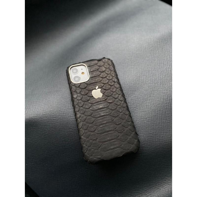 Кожаный чёрный чехол из питона с логотипом Apple Mobcase 1395