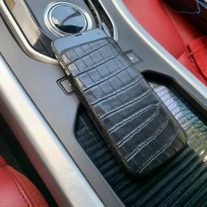 Кожаный, чёрный чехол карман с выделкой под крокодила, Mobcase 854
