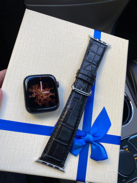 Кожаный чёрный ремешок из крокодила Mobcase 408 для Apple Watch