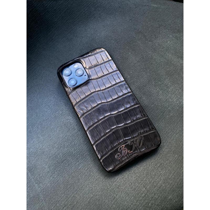 Чёрный кожаный чехол ручной работы с инициалами Mobcase 1445