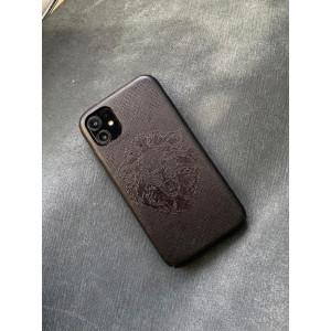 Чёрный кожаный чехол ручной работы с логотипом Льва Mobcase 1451