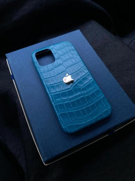 Очень красивый чехол из кожи крокодила с логотипом Apple Mobcase 1274