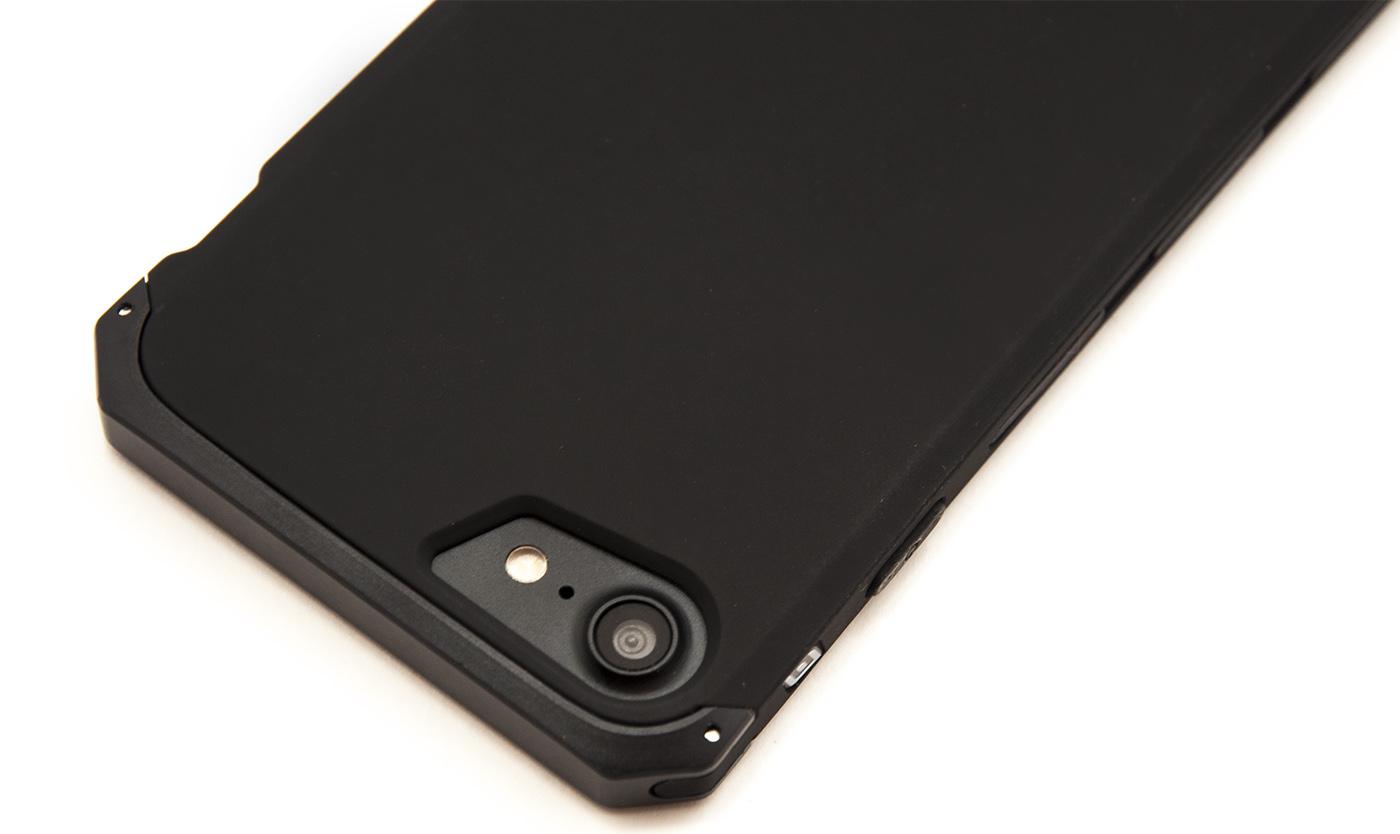 Чехол противоударный Ginmic solies, чёрный для iPhone 8